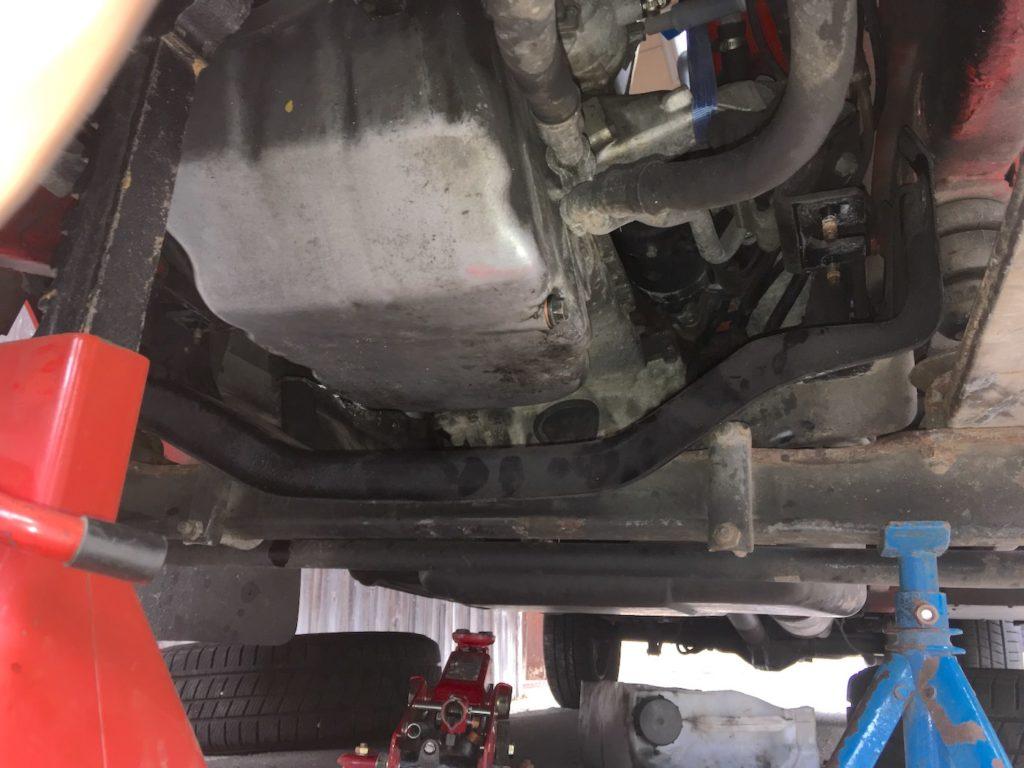 Mercedes T1/Bremer: Ölwanne eingebaut